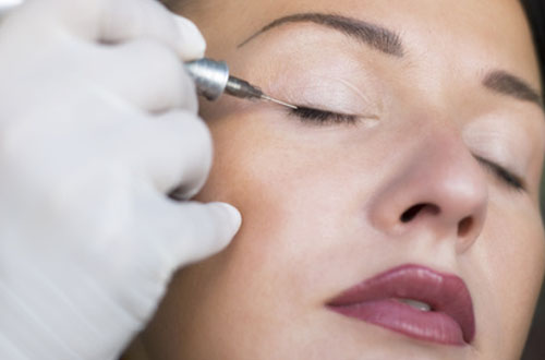 Permanent Makeup Augenlied